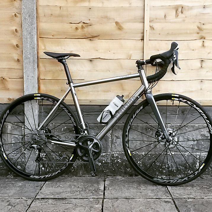 Como se fabrica los cuadros de bicicleta de titanio? (video) - Bike T3CH