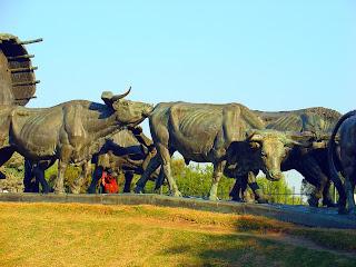 Monumento La Carreta, em Montevidéu: Detalhe dos Bois
