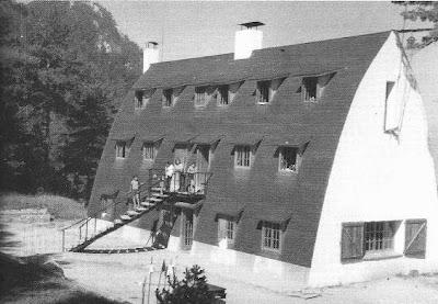 El restaurado Xalet del Catllarás en 1980