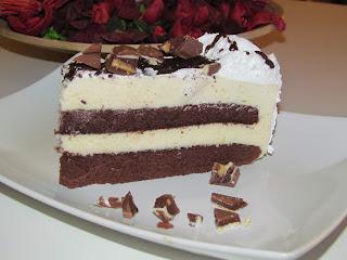 Tort cu crema de ciocolata alba si lapte condensat / Cake with white chocolate cream and condensed milk