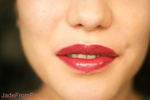 rouge à lèvres prune bordeaux
