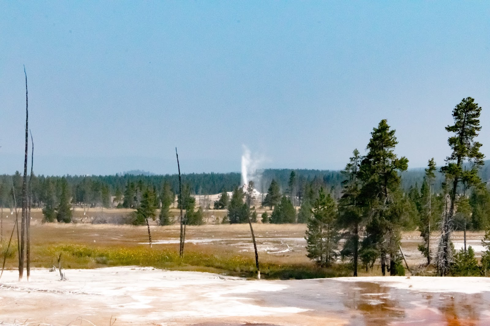 great fountain geyser is the most famous of the geysers in this area it is one of the grand geysers that is predictable it erupts every 8 12 hours and the