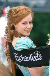 Amy-Adams-Pemain-Film-Enchanted
