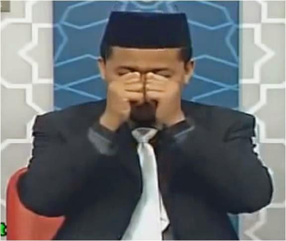 Panduan Untuk Merawat Mata Yang Rosak ( Rabun ) Melalui Perubatan Islam. Baca Dan Sebarkan..!!