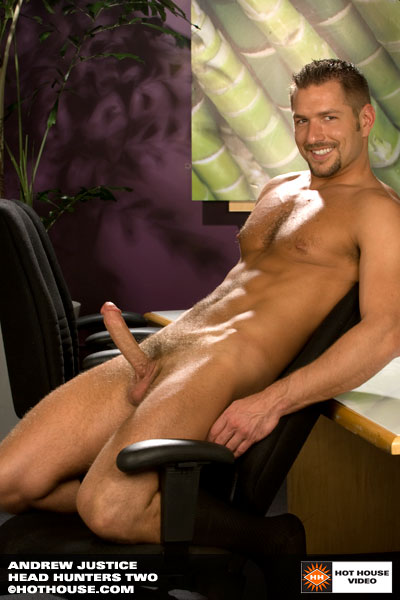 Hot hairy muscle hunk Andrew Justice