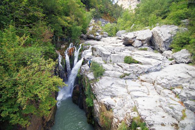 Cascada del rio Aso - Añisclo, Huesca por El Guisante Verde Project