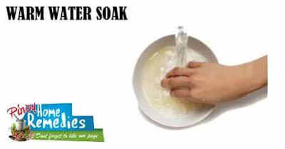 Home Remedies For Peeling Fingertips: Warm Water Soak