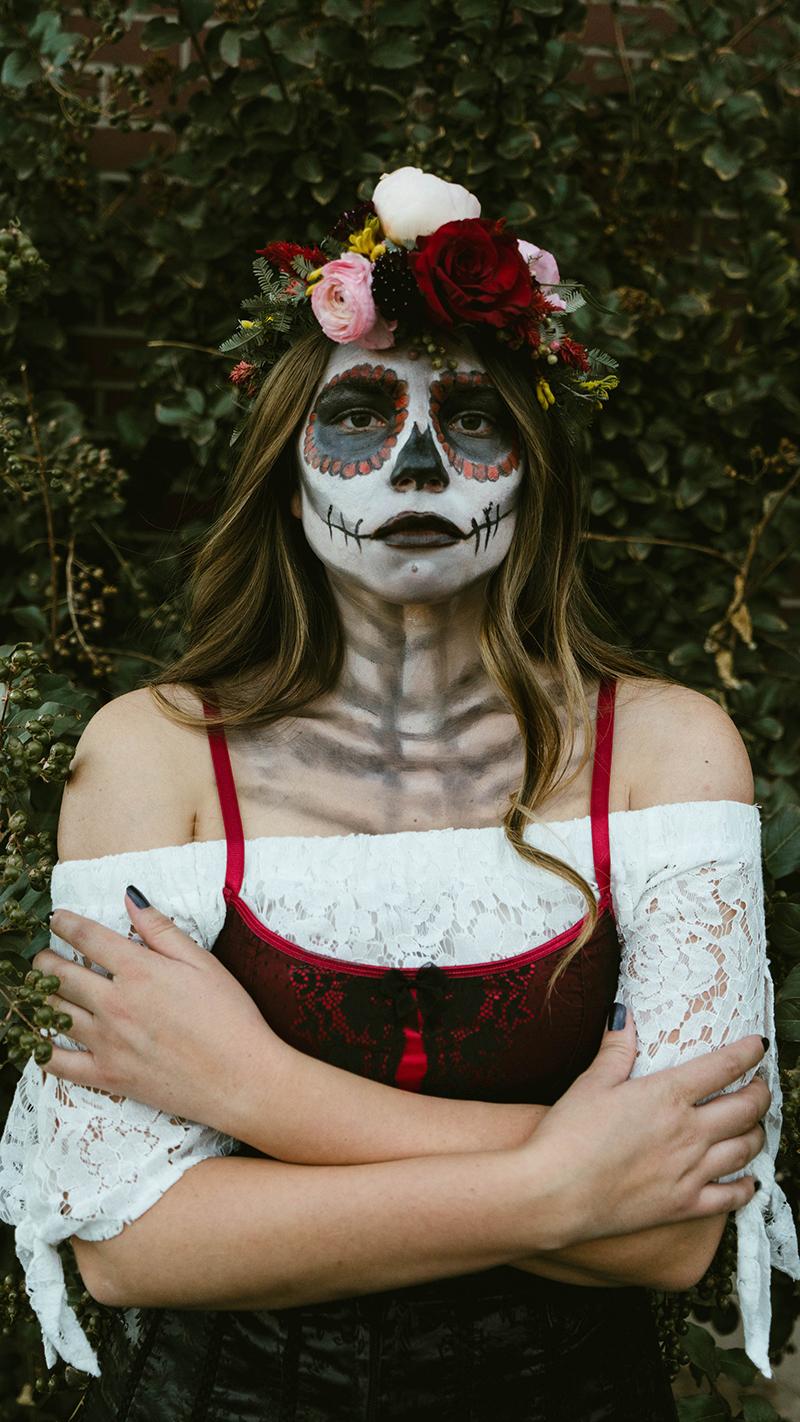 skeleton, skeleton face paint, skeleton makeup