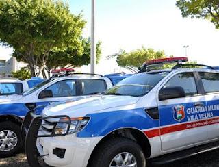 Guarda Civil Municipal de Vila Velha (ES) detém dupla com entorpecentes após acompanhamento e cerco.