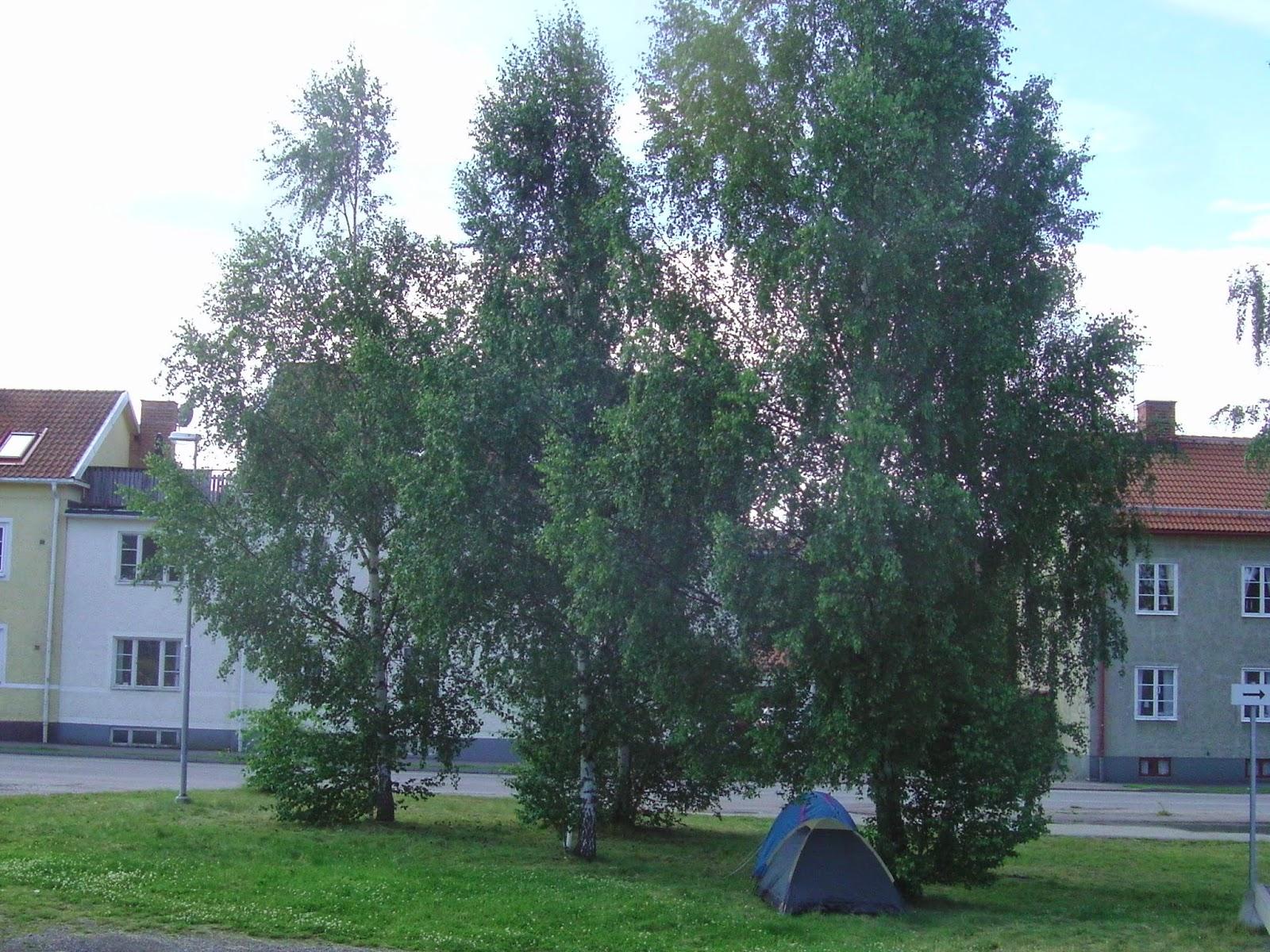 9ebd838f426b Sátortábor Nyköping kellős közepén.