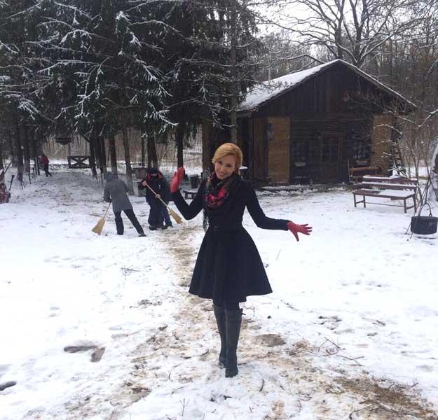 HD Photos of Iulia Vantur