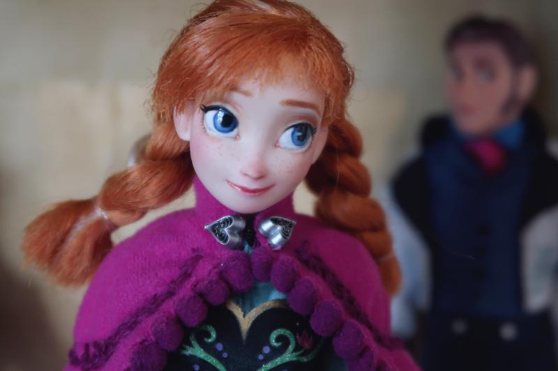 Disney Frozen doll customization face ups - Anna