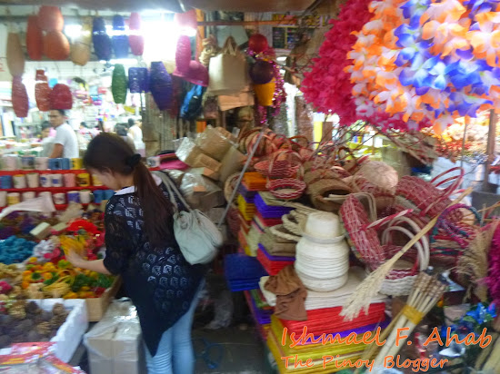 Baskets and other handicraft items at Tabora Street, Divisoria