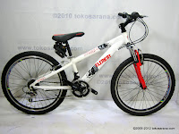A 24 Inch Element Voyager HardTail Mountain Bike