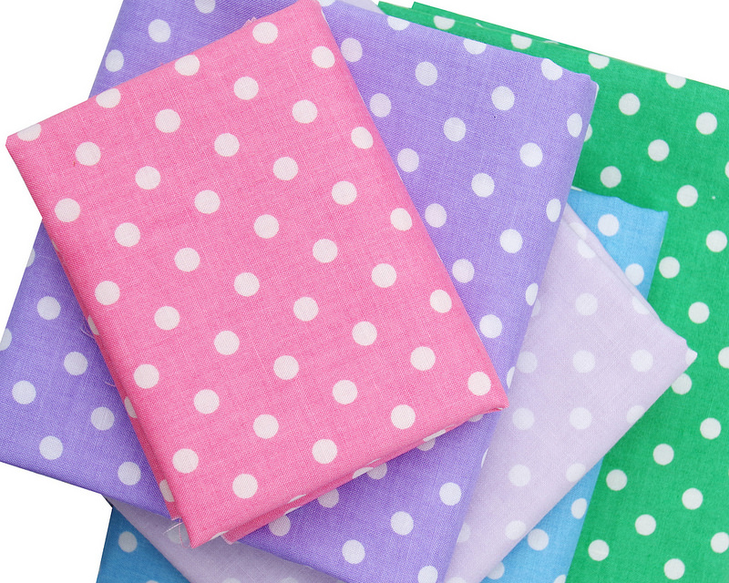 Yuwa fabric stash basics - Dots | © Red Pepper Quilts 2017
