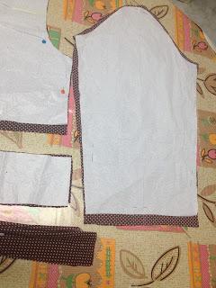 DIY-vestido-camisero-con-patrón-de-camisa-lunares