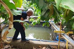 Temukan Korban Gempa Konsumsi Air Got, Seorang Relawan Terpukul!