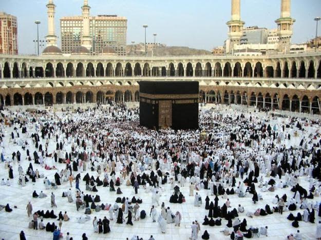 Saudi Hentikan Semua Aktivitas Umrah