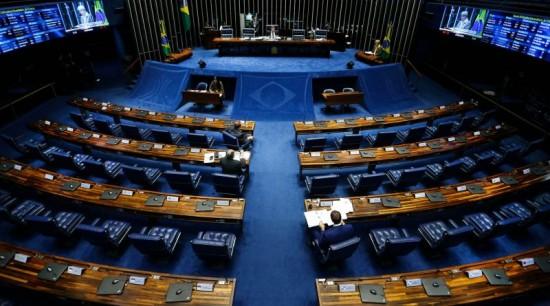Senado articula barrar Escola sem Partido e 'agenda da bala'