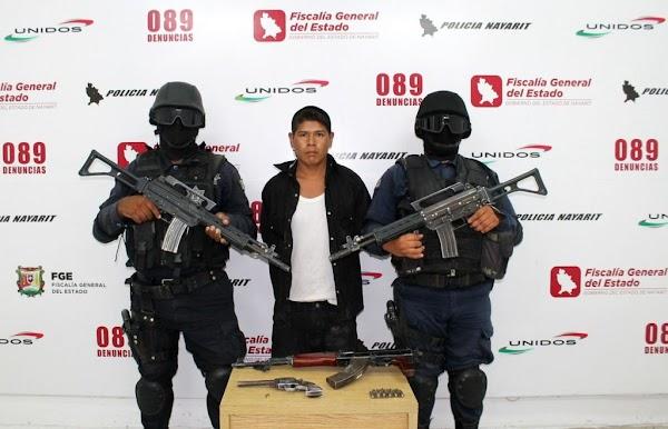 Son detenidos con armas prohibidas y quedan libres porque no es un delito grave
