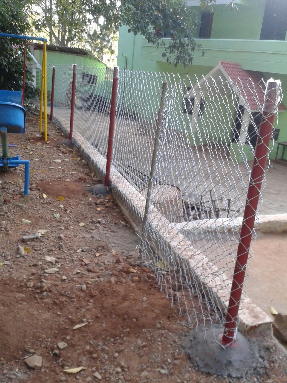 Fencing works contractors in chinnasalem chennai quality services wood chain link fencing pvc chain link fencing barbed wire fencing service provider from namakkal here the garden fencing manufacturers baanklon Image collections