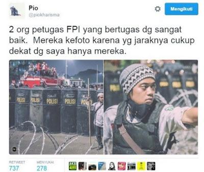 GAGAH BANGET !!! Sendirian, Laskar FPI Jagain Polisi Saat Kericuhan Aksi411