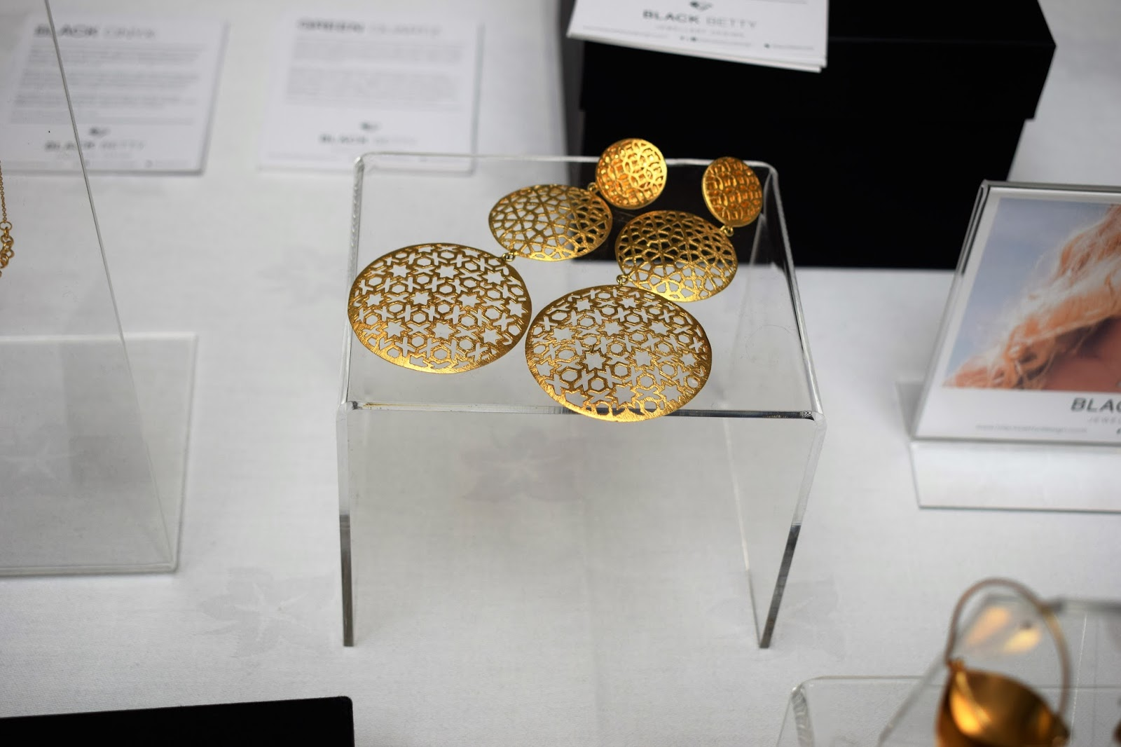 Edinburgh International Fashion Festival, foreign exchange fsahion market, South African jeweller blag gold, gold disk earrings, ethical fashion jewellery