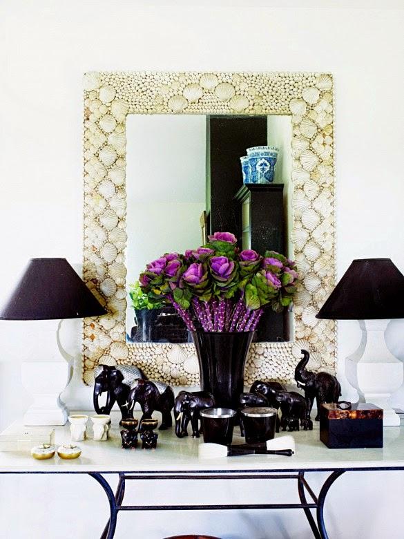 recibidor decorado con pareja de lamparas