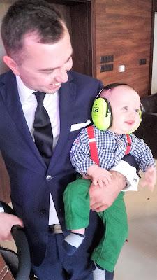 Słuchawki ochronne 3M Peltor Kid dla dzieci są warte uwagi. Według naszej opinii są godne swojej ceny. Ochronniki słuchu dla dzieci sprawdzają się doskonale w głośnych miejscach i chronią słuch naszych najmłodszych. Nauszniki ochronne dla dzieci 3M Peltor Kid są bardzo dobrej jakości, są lekkie, wytrzymałe, dobrze przylegają do skóry głowy i dobrze redukują nadmierny hałas. Nauszniki ochronne dla dzieci są godne polecenia.