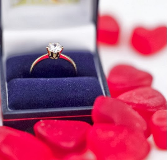 Happy valentines day ideas for her teenagers husband for Valentines ideas for couples