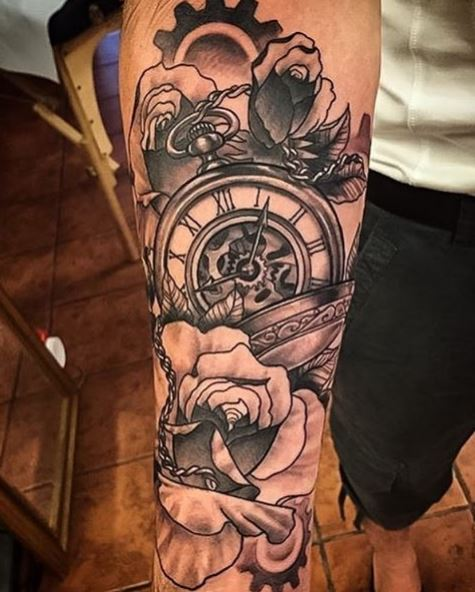 50 evergreen pocket watch tattoos ideas and designs 2018