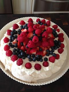 Berry Australian Pavlova