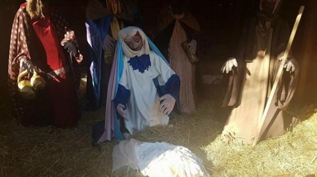 ΑΙΣΧΟΣ! Άγνωστοι έκλεψαν και πάλι το Θείο Βρέφος από τη φάτνη τη Λάρισας!