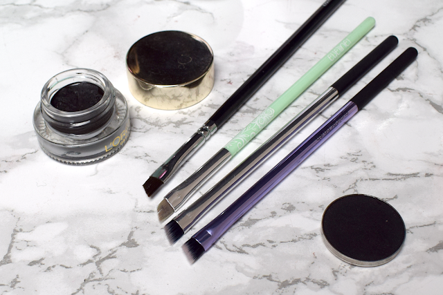 Real Techniques angled eyeliner brush eyelining set review
