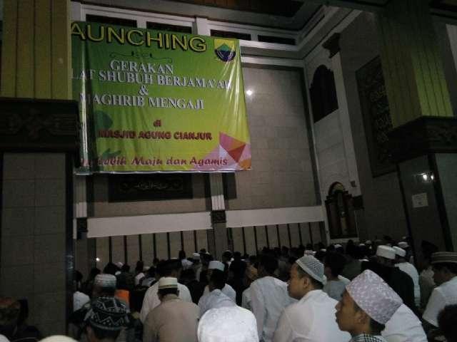 Bupati Baru, Cianjur Launching Gerakan Shubuh Berjamaah dan Magrib Mengaji