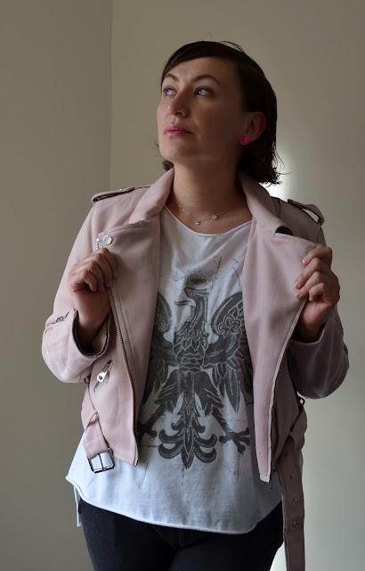 Adriana Style Blog, blog modowy Puławy, Fashion, moda, Spring Look, Biker Jacket, Ramoneska, Dres, Dresowe Spodnie, Joggers, Oversized Top, Nonchalance Style, Miejska Nonszalancja