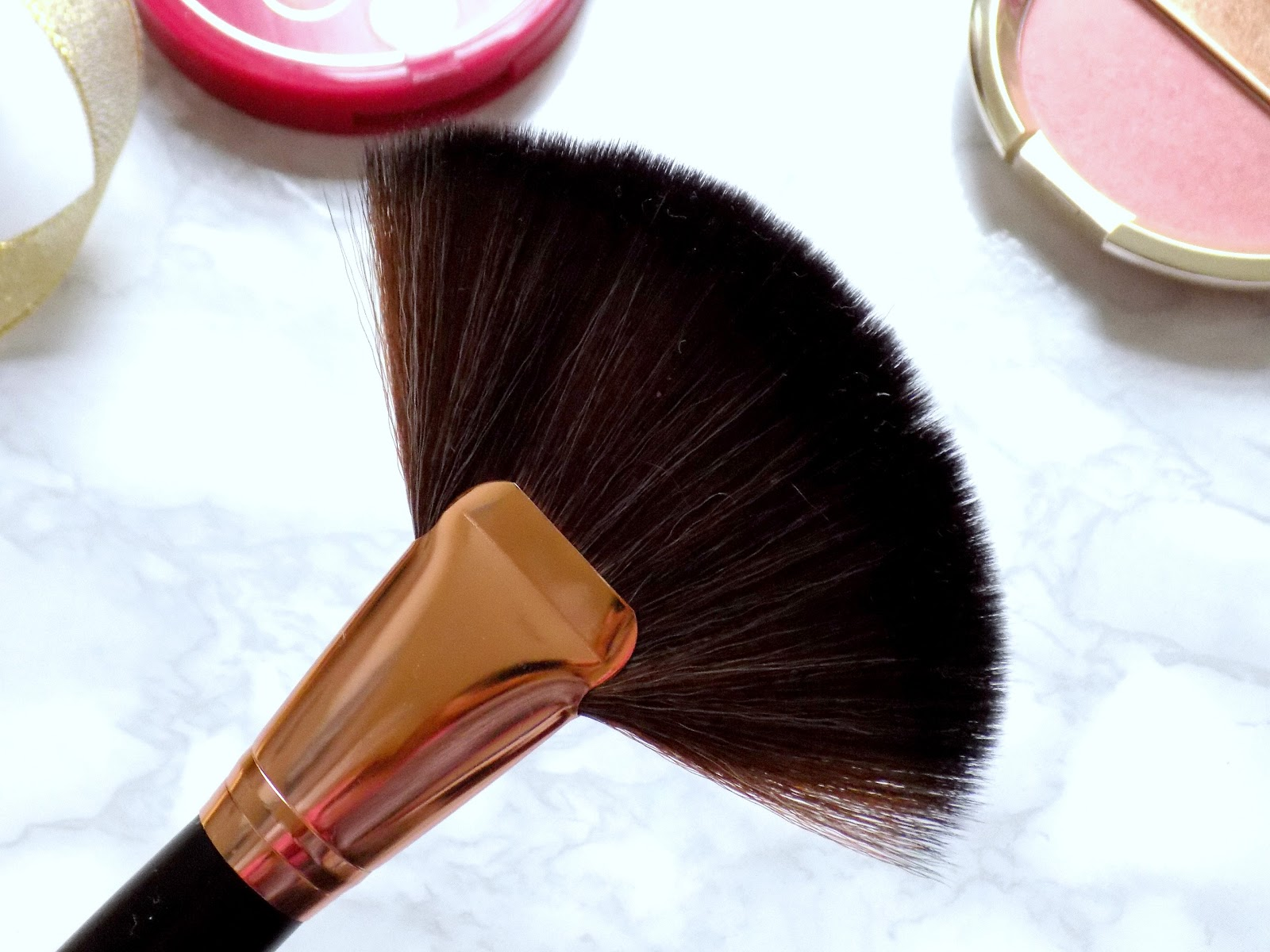 ebay fan makeup brush