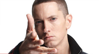 Eminem (Net Worth: $ 160 juta)