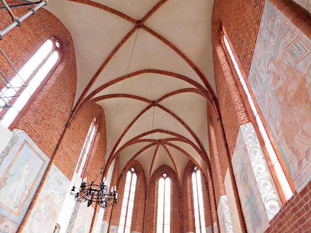 sufit, kościół, kaplica, chwarszczany, zachoniopomorskie