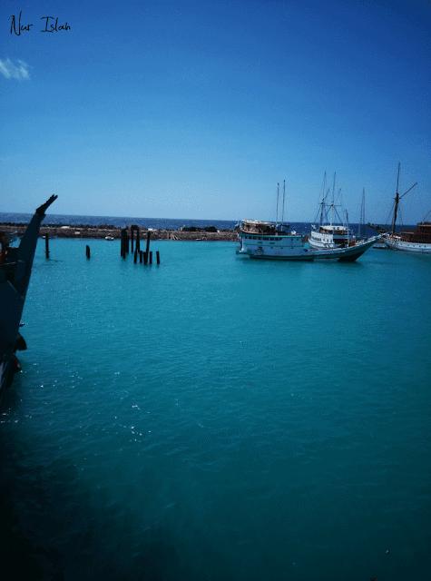 Pelabuhan-bira-beach