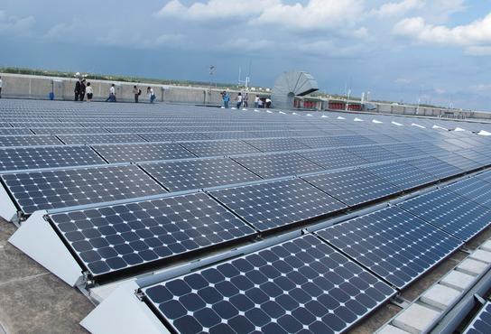 Địa chỉ lắp đặt hệ thống điện mặt trời trên mái uy tín