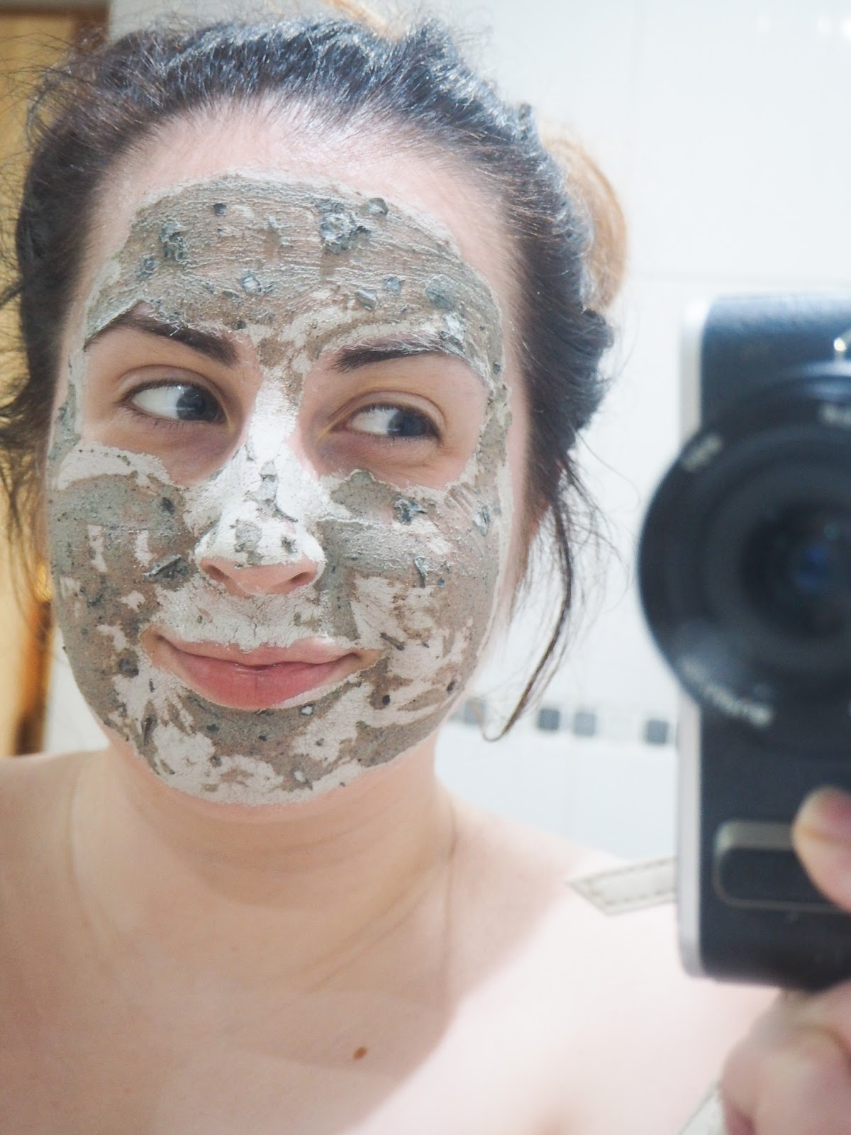 #MaskWeek: GlamGlow YouthMud Tinglexfoliate Treatment (M&SBeauty)*