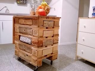Mueble vintaje con cajones