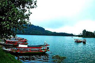Danau Situ Patenggang - Outbound Lembang Bandung