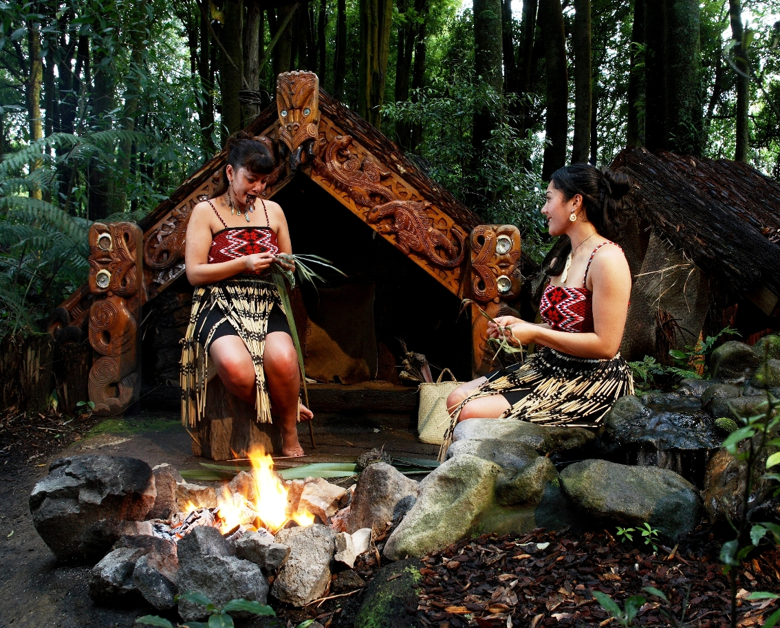Maori Village: Introducing Maori Lifestyles: September 2011