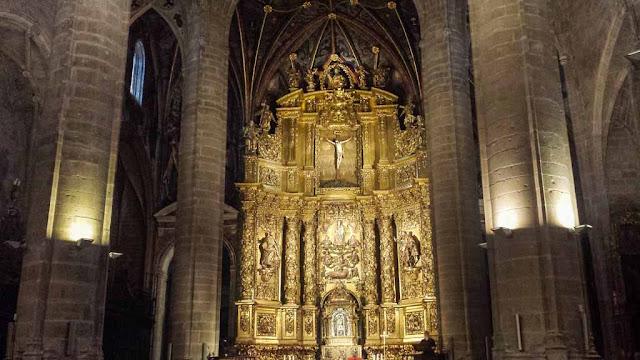 Interior Concatedral de Santa María de la Redonda