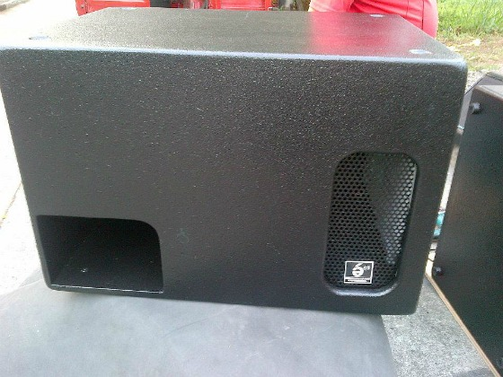 Box speaker 18 subwoofer yang bagus dan enak persi for Ukuran box salon 8 inch