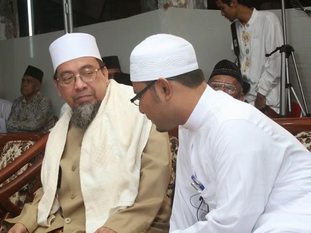 Keberanian Gus Dur Melawan Orde Baru Menurut KH Saifuddin Amsir