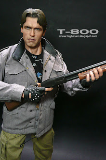 hot toys T-800