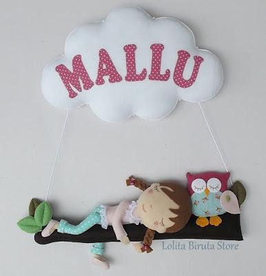 Enfeite para porta de maternidade, menina, coruja e nuvem com nome aplicado.
